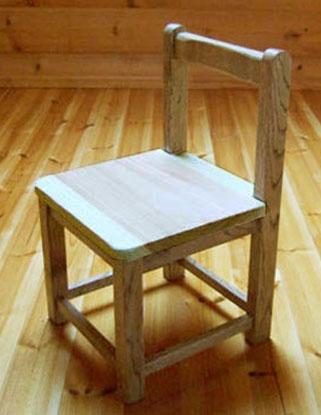八ヶ岳の手作り木製品【園児椅子】