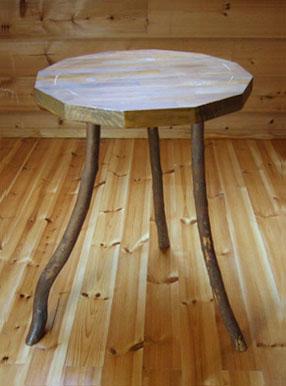 八ヶ岳の手作り木製品【ティーテーブル】